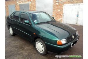 Volkswagen/Polo Classic,1.4(1997 г.)